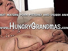 Granny pussy hot foreplay