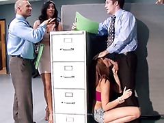 Boss' naughty stepdaughter Ariana Marie gives worker blowjob in office