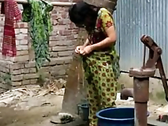 desi girl bathing outdoor for nimble video http://zipvale.com/FfNN